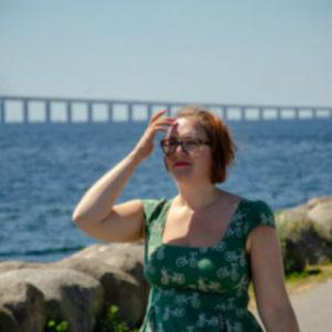 Klara framför Öresundsbron